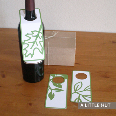 Leaves wine tags