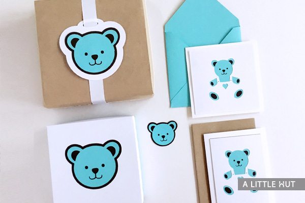 a-little-hut-baby-bear-gift-set