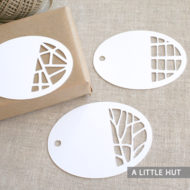 Oval gift tags